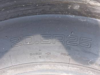 Used heavy machinery Yokohama Radial RB31 20.5R25 (3 Pieces) Reifen